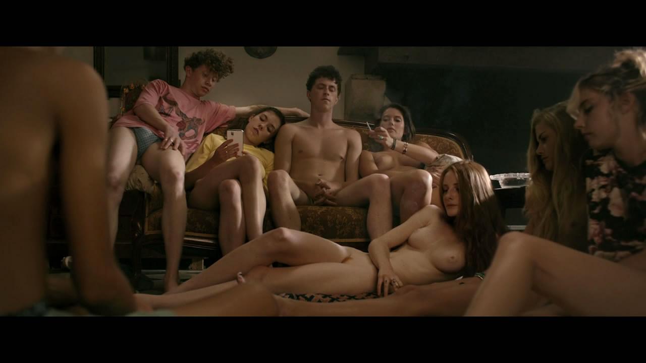 Двое одну любимый фильм порно сверху девушка