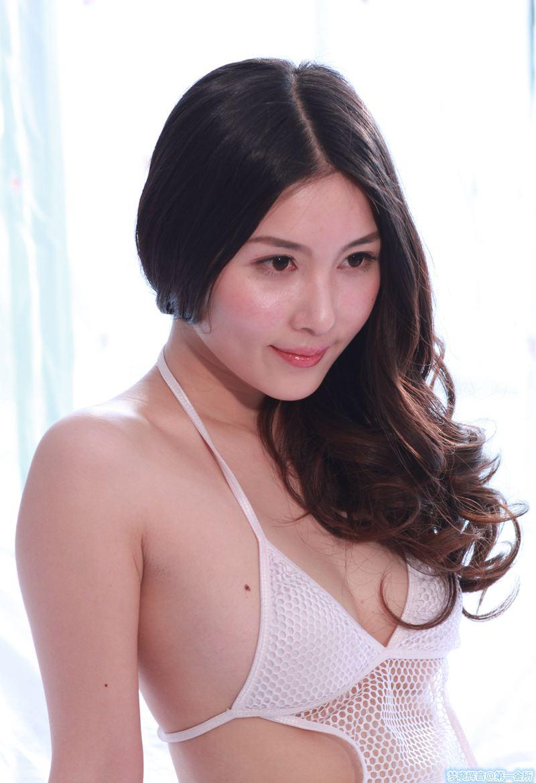 国模张薇2013.03.13(Y)私拍套图[150P]