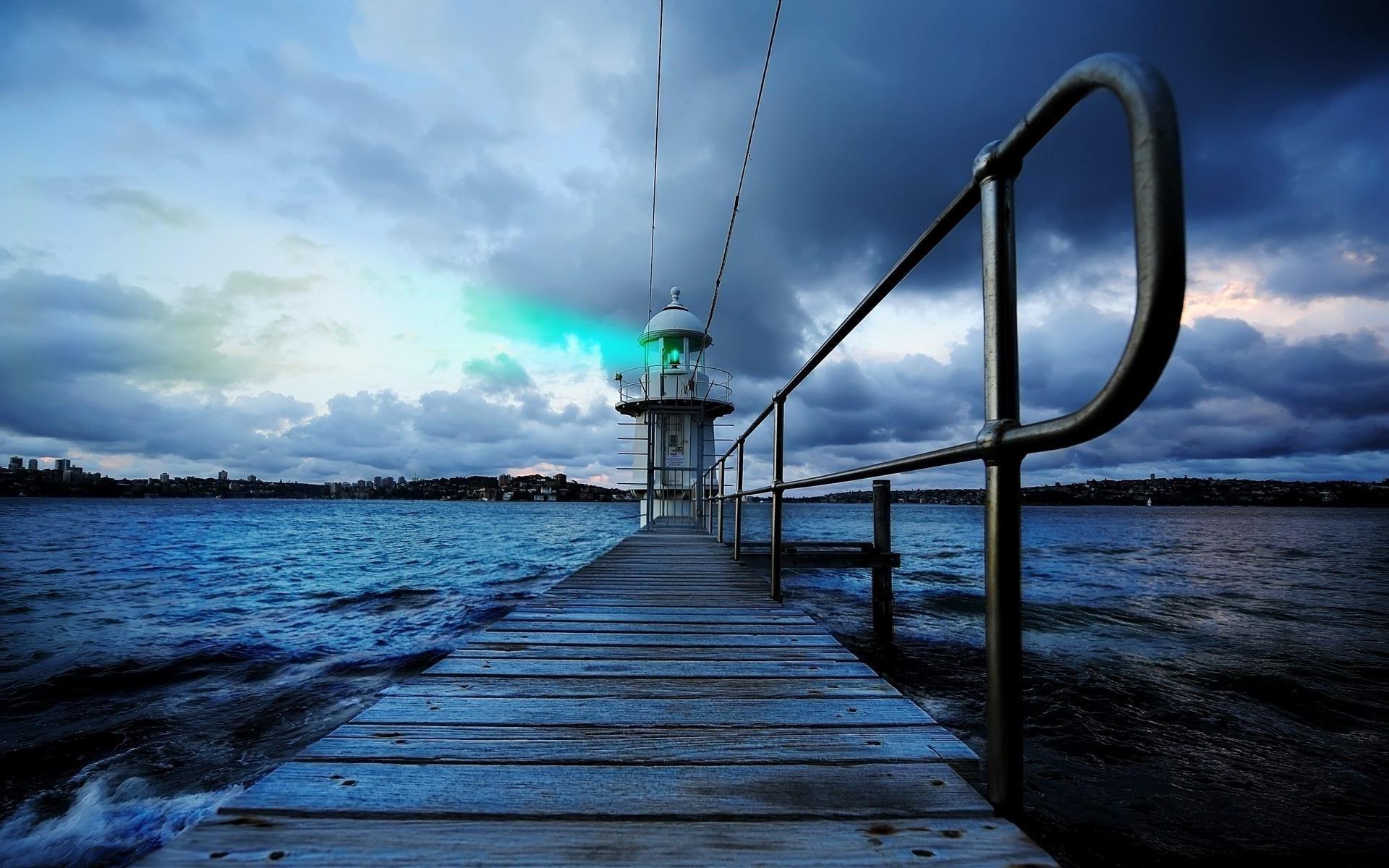 маяк озеро небо деревья бесплатно
