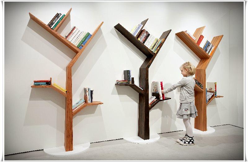 ağaç dallı kitaplık