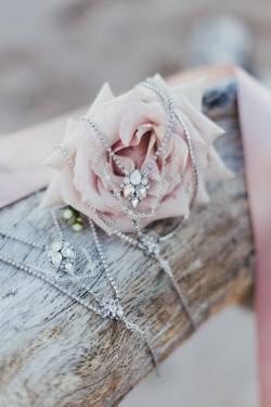 Wedding-Accessories-4-615x923
