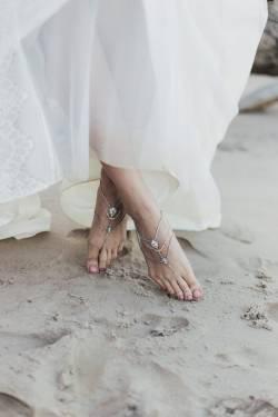 Wedding-Accessories-615x923